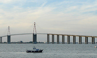 st-nazaire-pont-footer